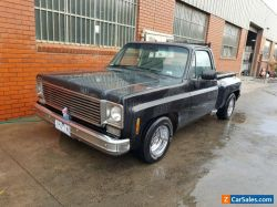1976 Chevy C10 Stepside with full Victorian Rego