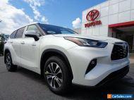 2020 Toyota Highlander New 2020 Highlander XLE Hybrid AWD Blizzard Pearl
