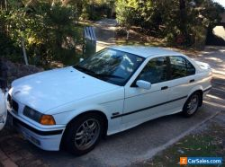 1995 BMW 4 door sedan