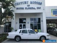 1997 Lincoln Town Car Executive Cloth Seats Power WIndows Low Miles