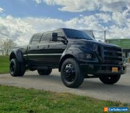 2005 Ford Other Pickups Eight Passenger