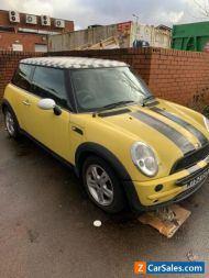 Mini One 1.6, 2004, Yellow, Mot spares or repair