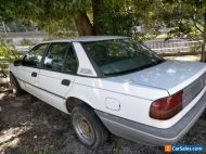 EA sedan auto 1988