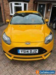 Ford Focus ST-2. 2l eco boost low mileage Tangerine Scream