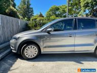 volkswagen polo 2015 - manual transmission - immaculate - low kms