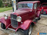 1932 Ford Steel Tudor Hotrod V8 Auto