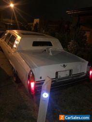Cadillac de ville 1984 limo