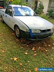 HOLDEN VS11 UTE/1998-FOR PARTS/REPAIR-5 speed/reco gearbox/133000kms