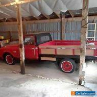 Chevrolet: C-10 pickup
