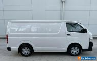 TOYOTA HIACE 2011 VAN 3 SEATER AUTOMATIC 2.7L PETROL CLEAN INSIDE OUT RELIABLE