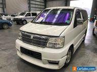 2000 White Nissan Elgrand Wagon