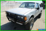 1984 Nissan Pickup 2dr DLX 4WD Extended Cab SB