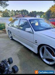 holden commodore 1992 sedan 5.0 v8 vp
