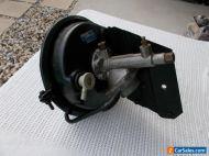 HOLDEN HD HR DISC BRAKE BOOSTER PBR VH 40 WITH MOUNT BRACKET PREMIER X2 VH40