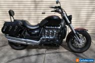 Triumph Rocket 3 Classic - black & red