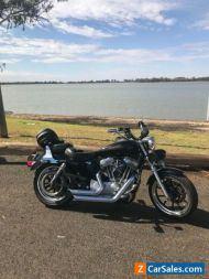 Harley Davidson 2011 883 superlow