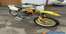 Suzuki RMZ 450 Moto cross bike