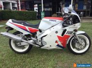 Yamaha FZR1000 1990