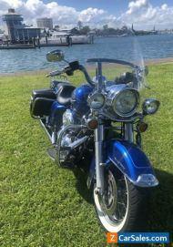 Harley Road King Classic ..an American Legend