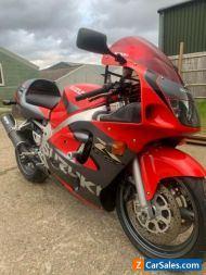 Suzuki gsxr 600 srad project