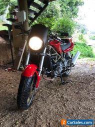 Ducati ST2 custom naked 1997