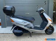 Honda Lead SCV 100 motor scooter 2009 model